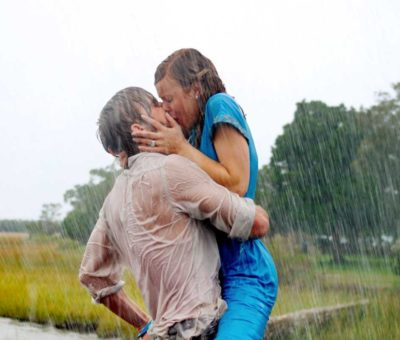 Baiser dans N'oublie jamais avec Ryan Gosling