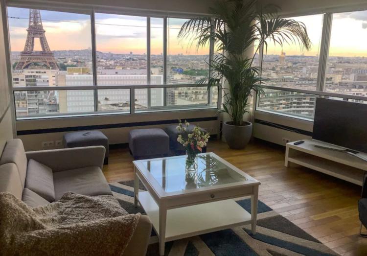 Appartement airbnb avec vue sur la tour eiffel