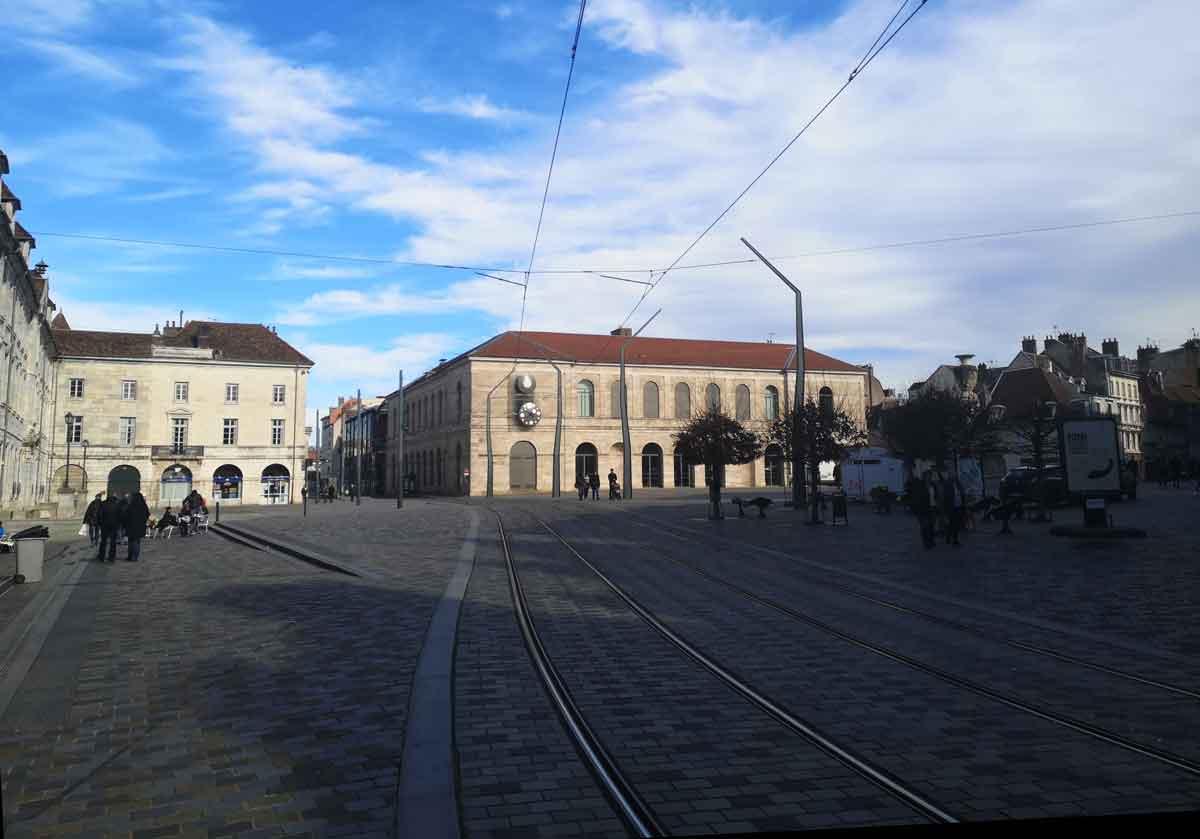 Que faire à Besançon en amoureux pour un week-end romantique ?