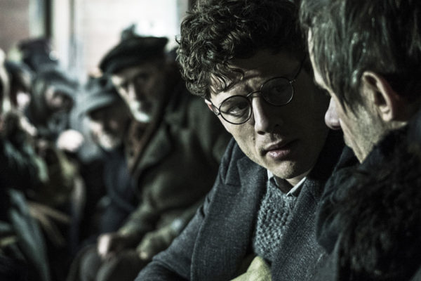 Critique : L'ombre de Staline avec James Norton