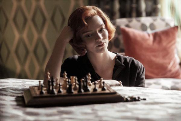 Avis : Le jeu de la Dame la mini série Netflix à voir