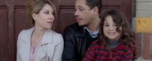 JoeyStarr et Mathilde Seignier dans le film de Noël : Max